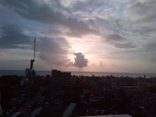 77 - Khar West, monsoon clouds