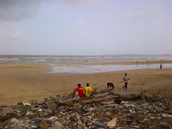 14 - A morning in Juhu beach