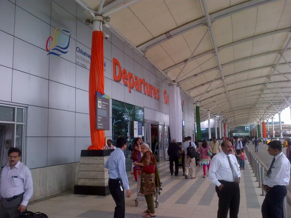 61 - Mumbai airport all geared up for Independence day