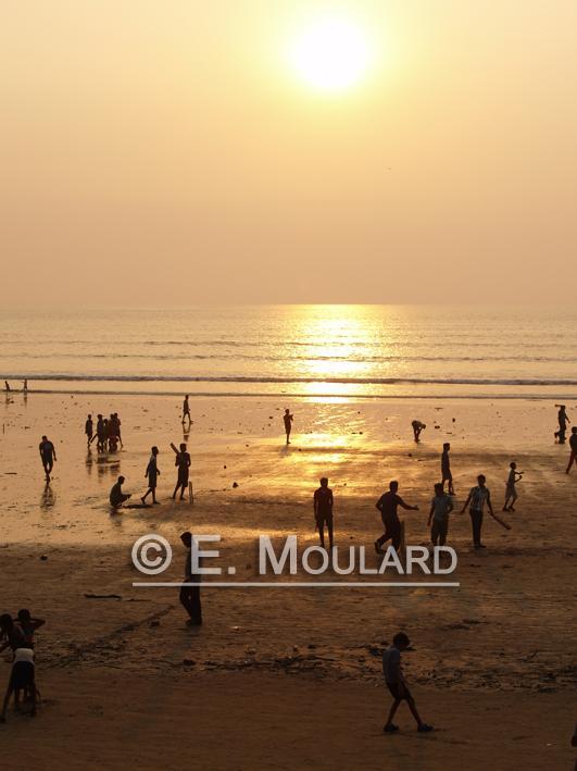 A Sunday at Juhu Beach 18
