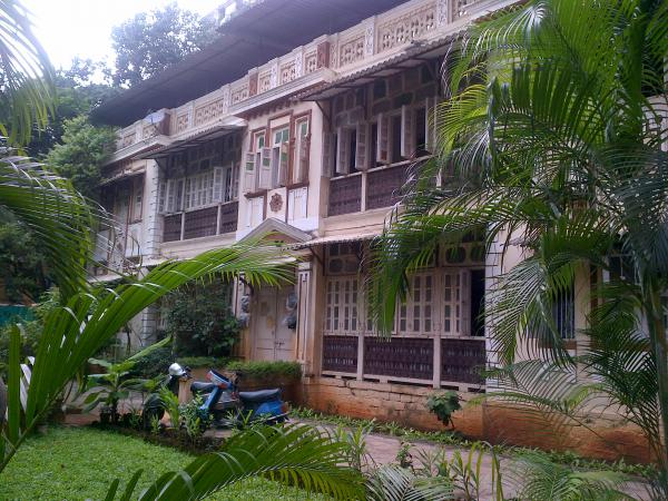 106 - A Brandra bungalow