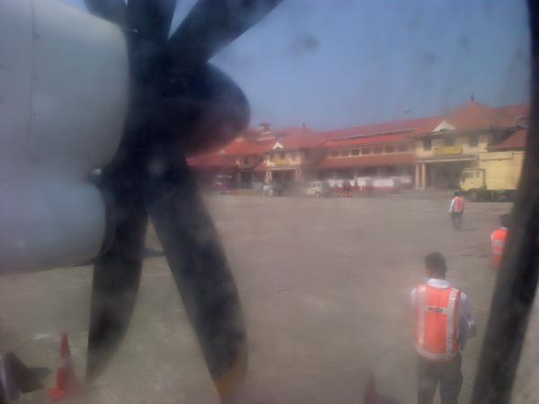 190 - Landing in Maldives!
