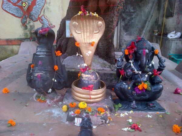 160 - Ganesh et toute la clique
