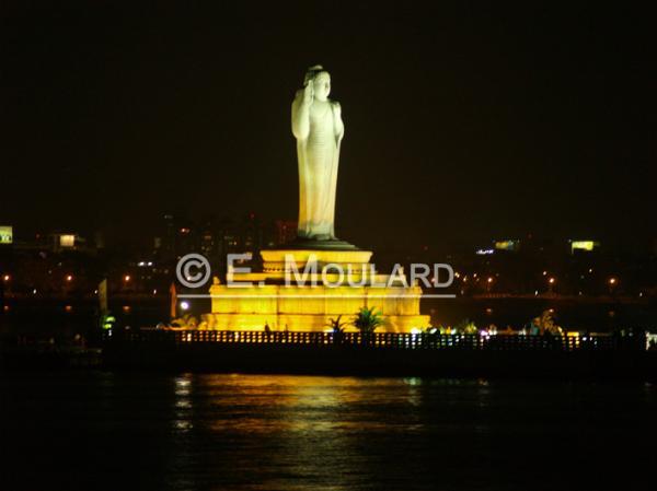 Bouddha géant d'Hyderabad
