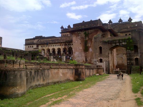 63 - Orchha fort