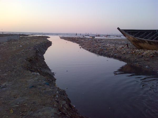 27 - The far (left) end of Juhu beach