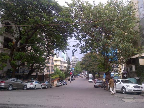 16 - A Saturday of roaming around Bandra streets